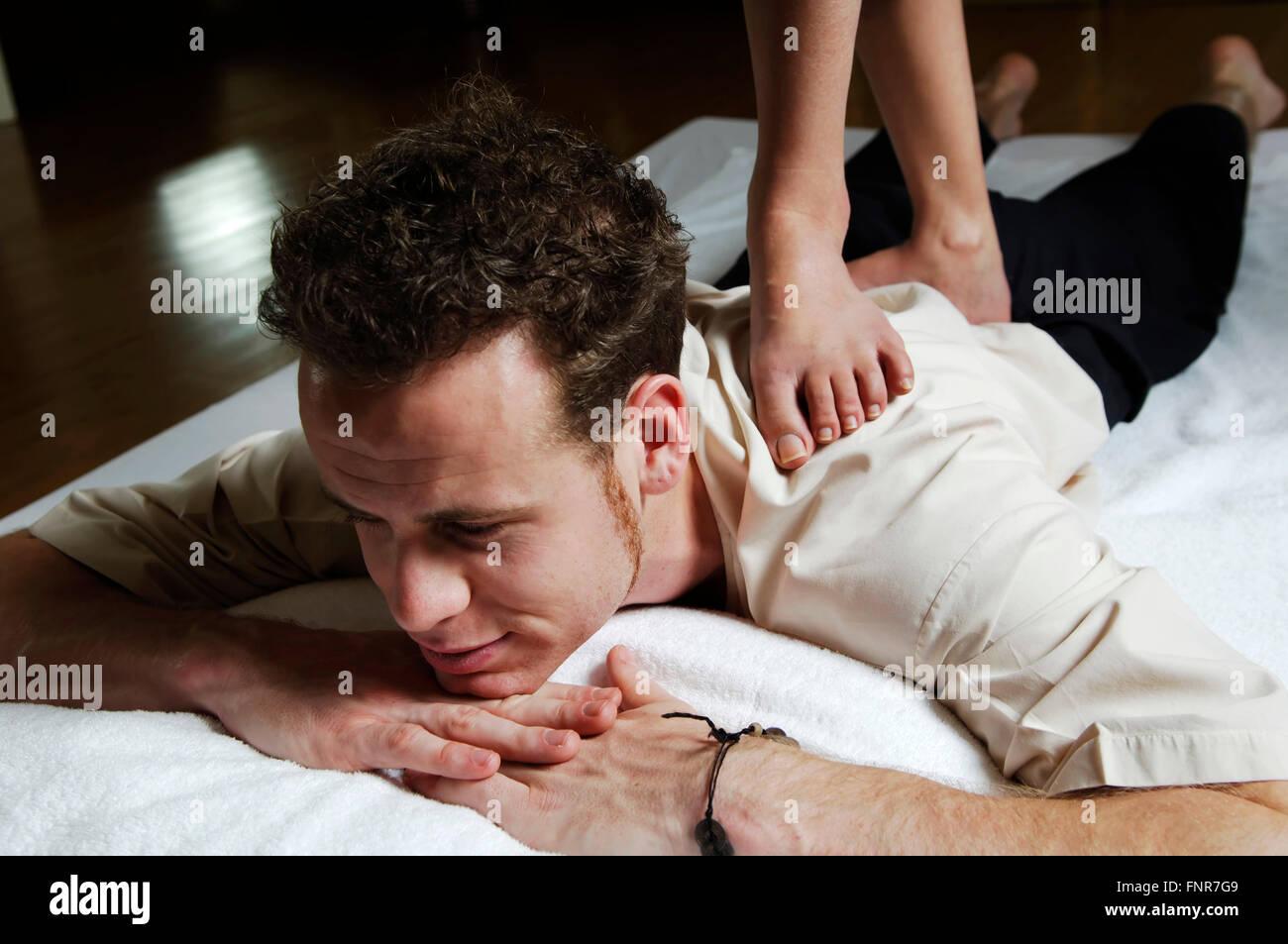deep tissue massage instructions